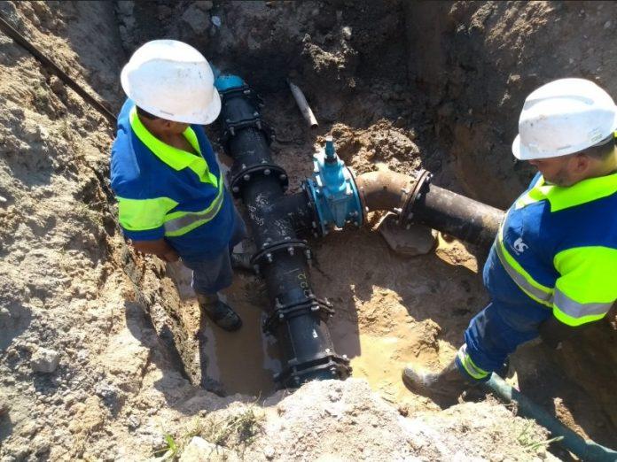 Sabesp Instala equipamento de bombeamento de água no Pegorelli (Divulgação/Sabesp)