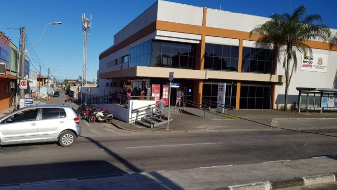 Poupatempo voltou a atender com 30% da capacidade total