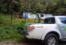O dono da casa foi preso por porte irregular de armas