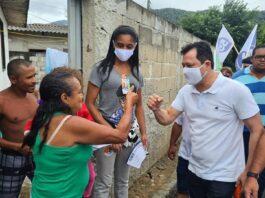 Prefeito Sato em campanha de reeleição antes da confirmação da Covid-19 (Foto: Divulgação)