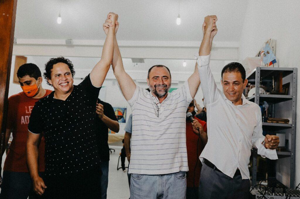 Lucimar Castilho e Professor Gleivison com o presidente do MDB, Juan Garcia (Foto: Divulgação)