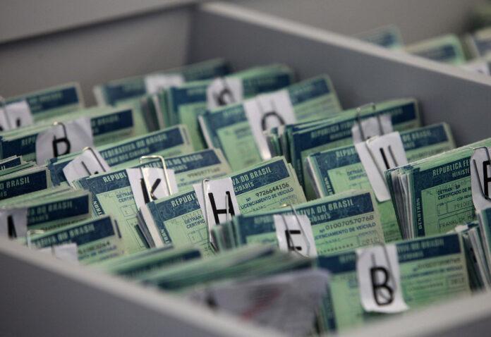Detran faz mutirão para entrega de documentos (Foto: Divulgação)