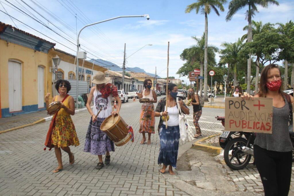 Manifestantes vão à Câmara contra mudança no Plano Diretor (Foto: Redes Sociais)
