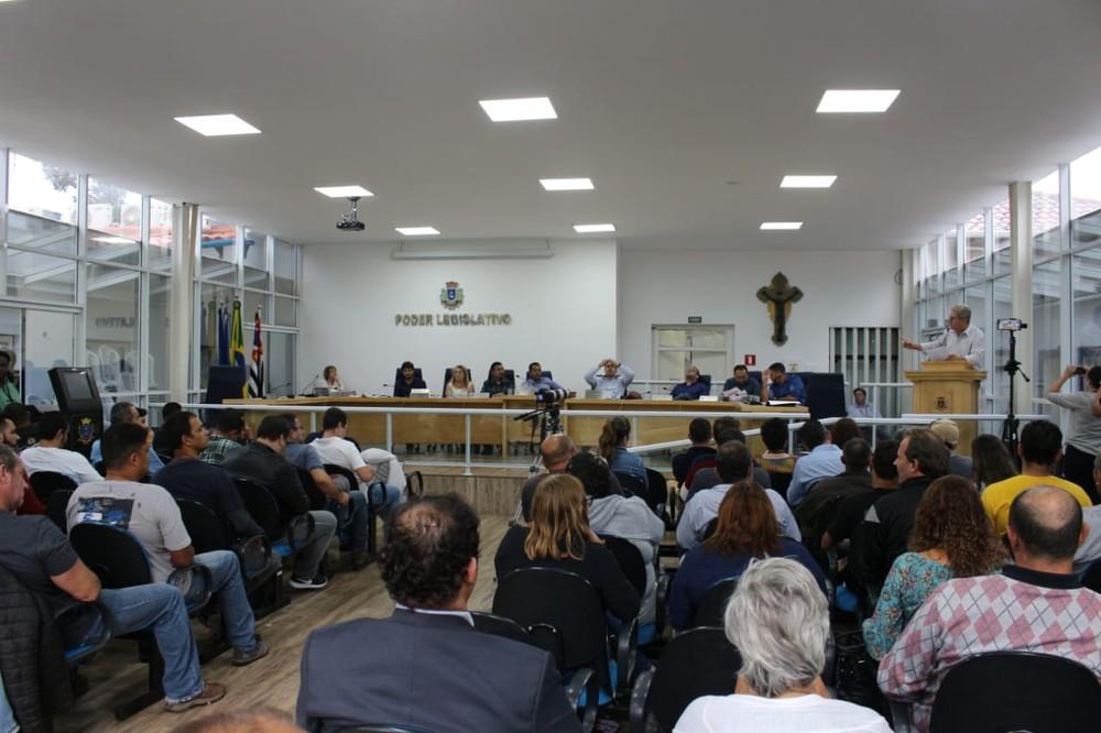 Sessão que cassou o ex-prefeito ocorreu em 2019 (Foto: CMI/ Divulgação)