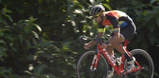 Triatleta Maicon Amaro quer subir a Rodovia Oswaldo Cruz várias vezes na terça-feira (Foto: Divulgação)