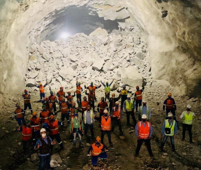 Túnel Rodovia dos Tamoios